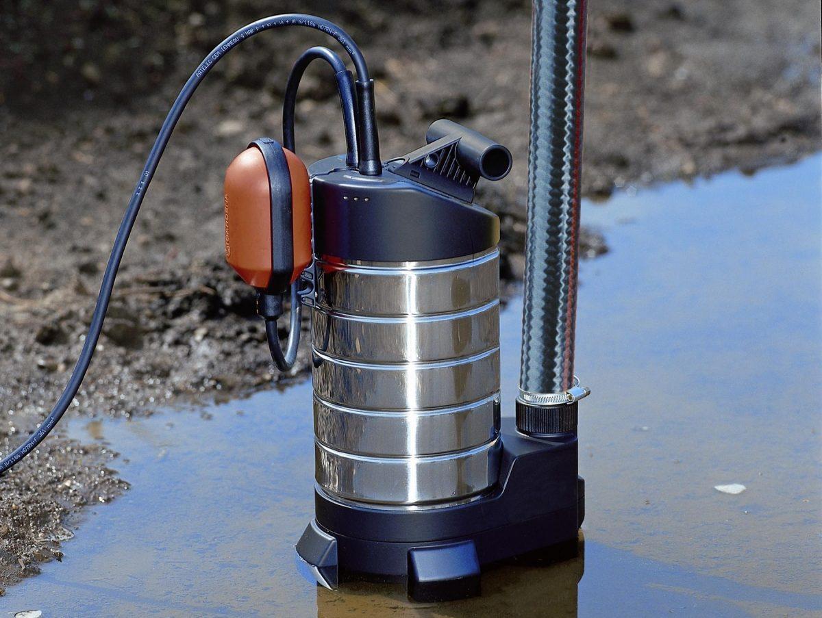 Погружные насосы для скважин малого диаметра: особенности и назначение